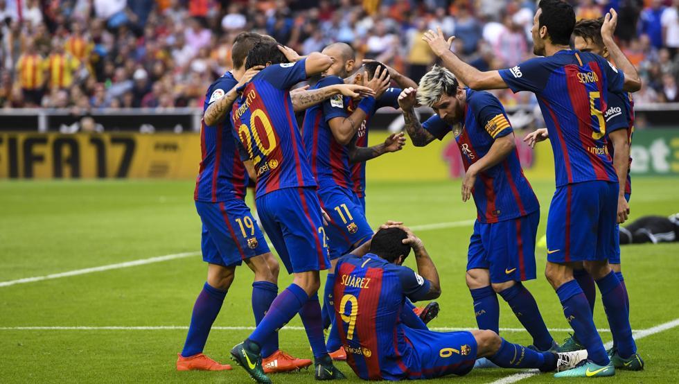 Федерация футбола Испании осудила поведение игроков «Барселоны» вматче с«Валенсией»